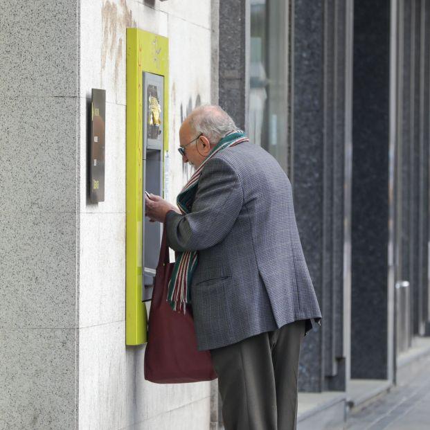 El adelanto de las pensiones, la medida de los bancos mejor valorada durante la pandemia