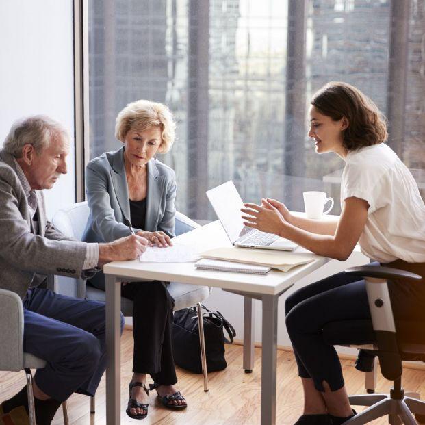 Comisión por tramitación de testamento, ¿cuándo pueden cobrarla los bancos?