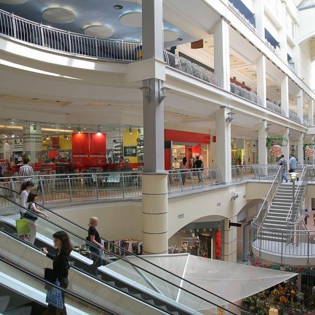 Centros comerciales (bigstock)