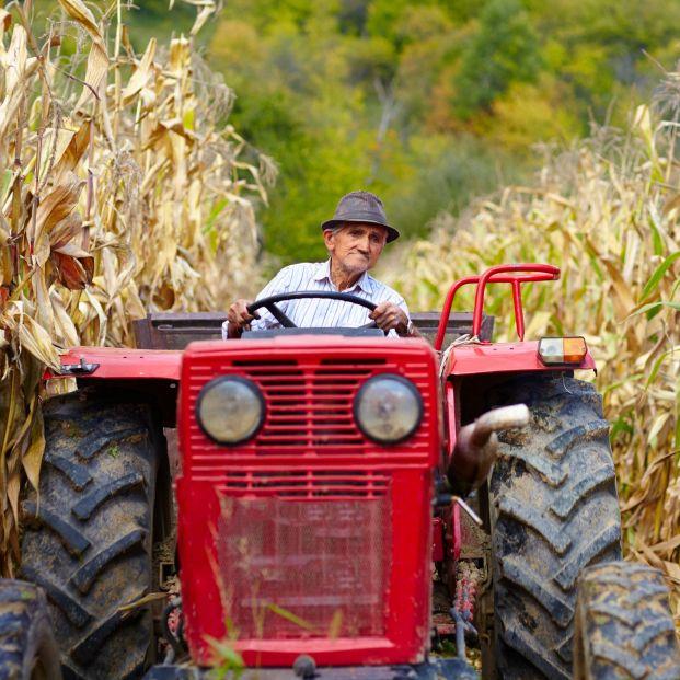 Este es el motivo por el que cada semana morirá una persona por el vuelco de un tractor