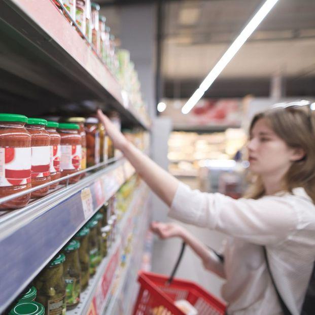 Estos son los peores botes de tomate frito del supermercado, según la OCU