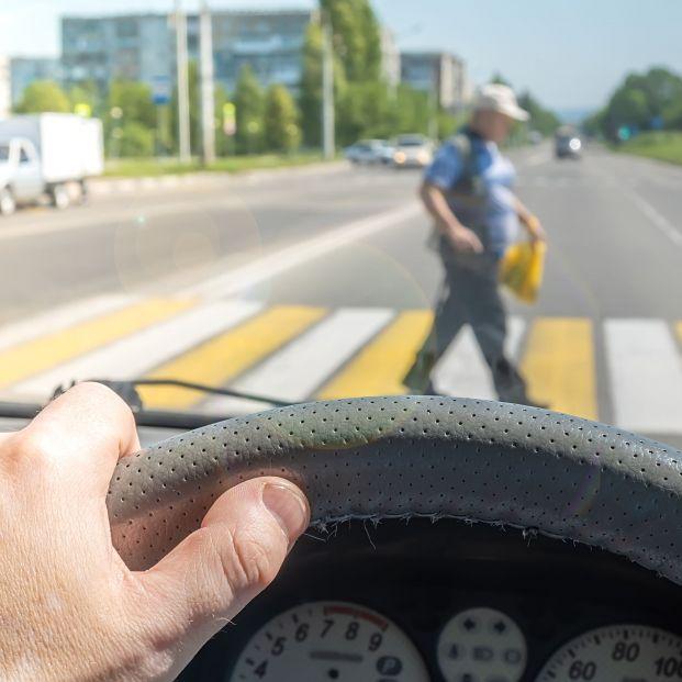 Asociaciones de automovilistas piden medidas para evitar atropellos de personas mayores