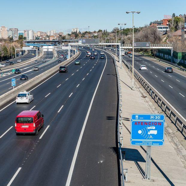 El truco más extendido en carretera para 'engañar' a un radar puede costarte una multa de 200 euros