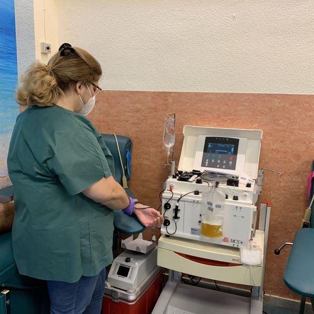 Coronavirus: La transfusión de plasma de pacientes recuperados reduce la mortalidad