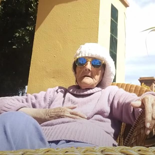 Muere Tía Pepa, la abuela que ha alegrado el confinamiento a toda España