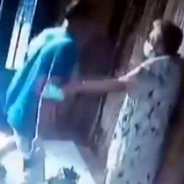 brutal agresion anciana valencia