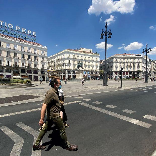 La Puerta del Sol se cierra al tráfico este jueves para ser peatonal