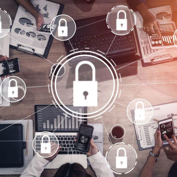 La Guardia Civil atrapa a unos ciberdelincuentes con 770.000 claves de correo compradas