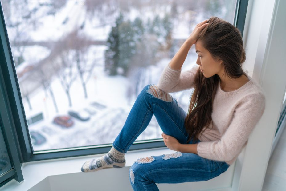 bigstock Winter depressed sad girl lone 281117416