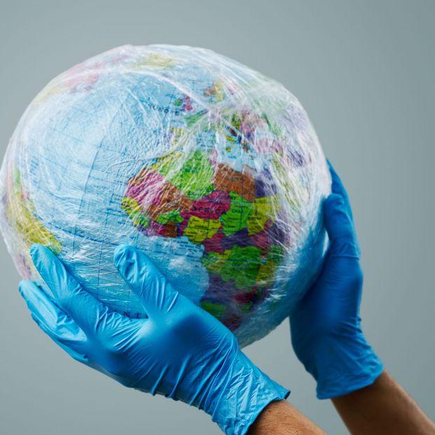 La CNMC cuestiona parte de la ley de residuos y pide que defina mejor el impuesto al plástico