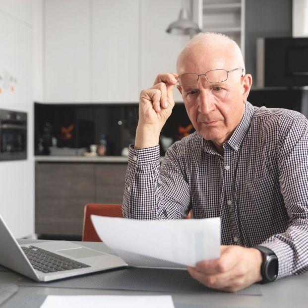 ¿Pueden ceder mis datos a una empresa de recobros para saldar una deuda?
