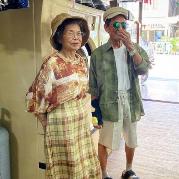 Conoce a la pareja taiwanesa de octogenarios que triunfa en Instagram con sus divertidos posados