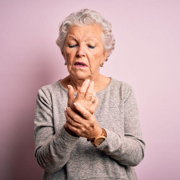 La artritis reumatoide aumenta un 40% el riesgo de pérdida auditiva súbita