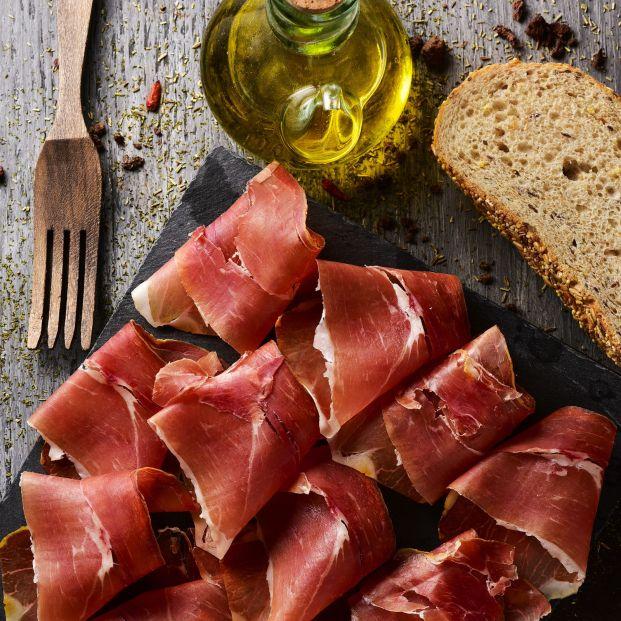 Qué cualidades nutricionales tiene el jamón serrano (Bigstock)