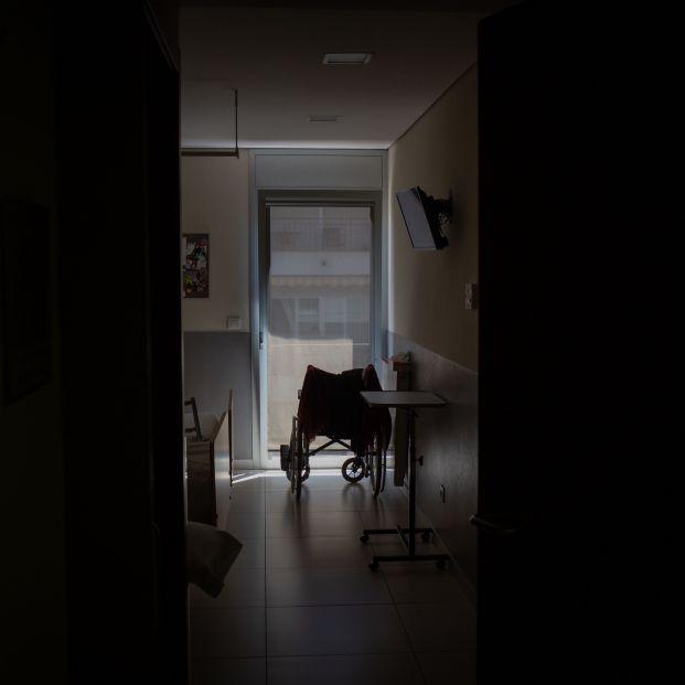 Familiares de mayores llevan a los juzgados el plan de visitas en las residencias de la Generalitat