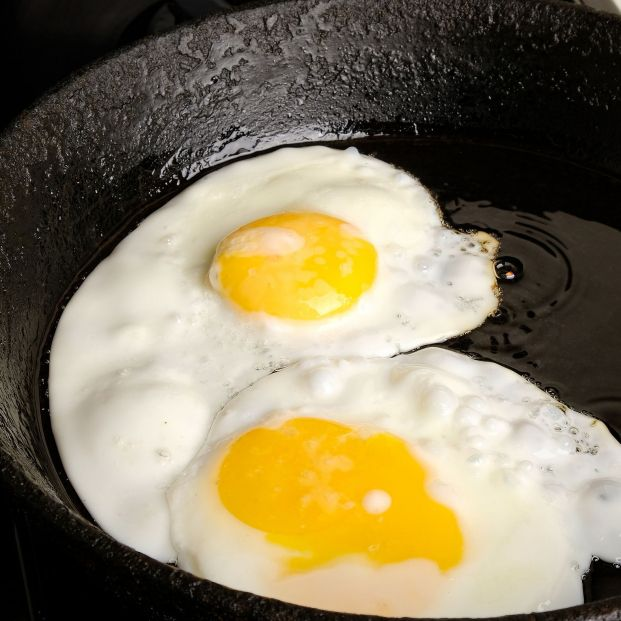 bigstock Chicken Eggs Fried Eggs In A  381270992