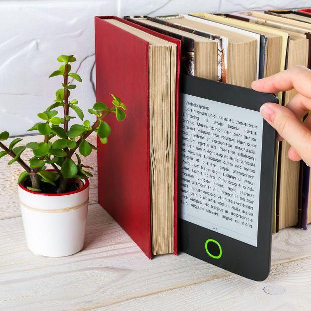¿Libro en papel o electrónico? Ventajas de cada uno
