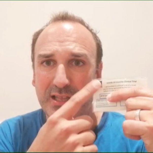 VÍDEO: El español que ha recibido la vacuna de Oxford lanza un mensaje tranquilizador