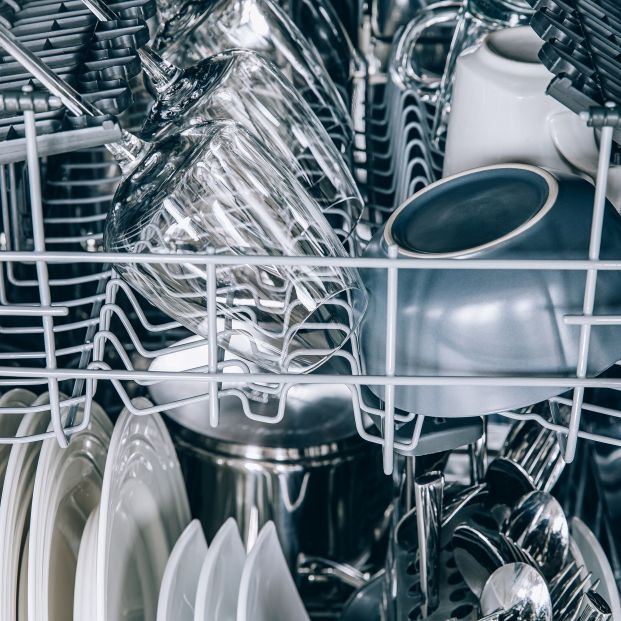 Cómo organizar el lavavajillas para aprovechar el espacio y ser más eficiente
