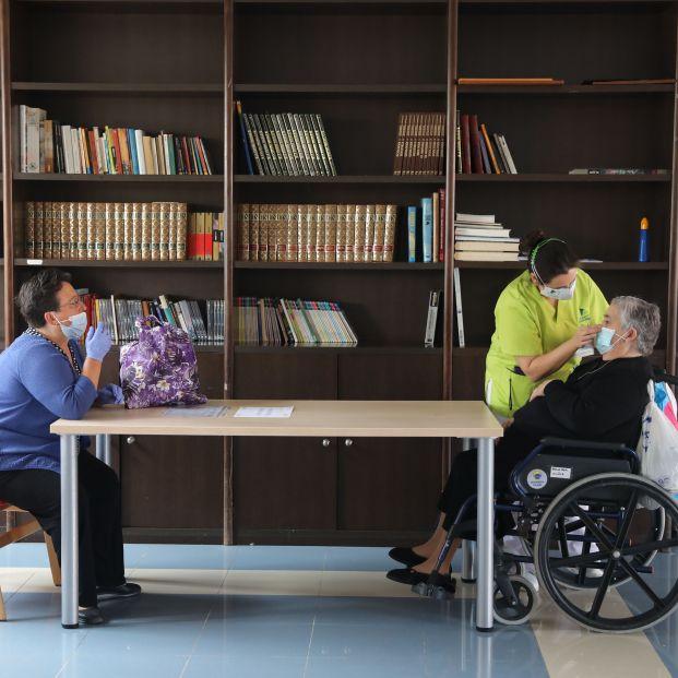 Cerca del 53% de las residencias de madrileñas cuenta con una inmunidad media-alta frente al COVID