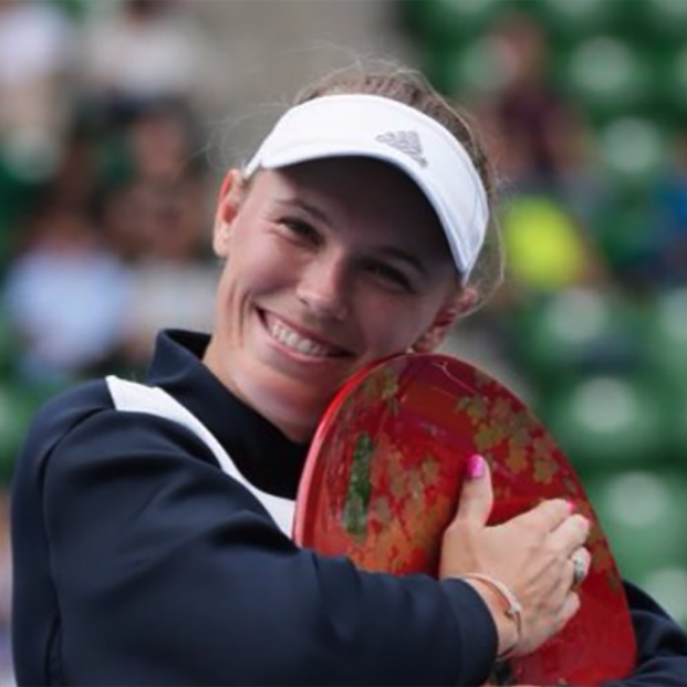 Caroline Wozniacki, la tenista profesional con artritis que inspira a millones de mujeres enfermas