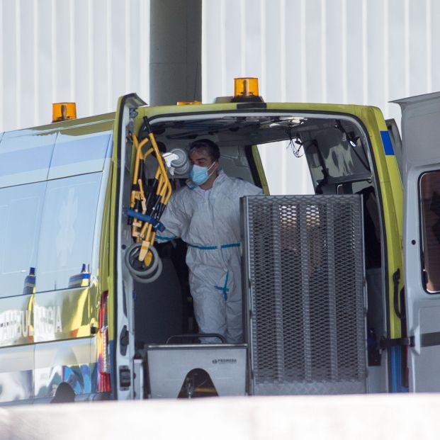 Muere una menor al precipitarse de una ambulancia en marcha en Asturias