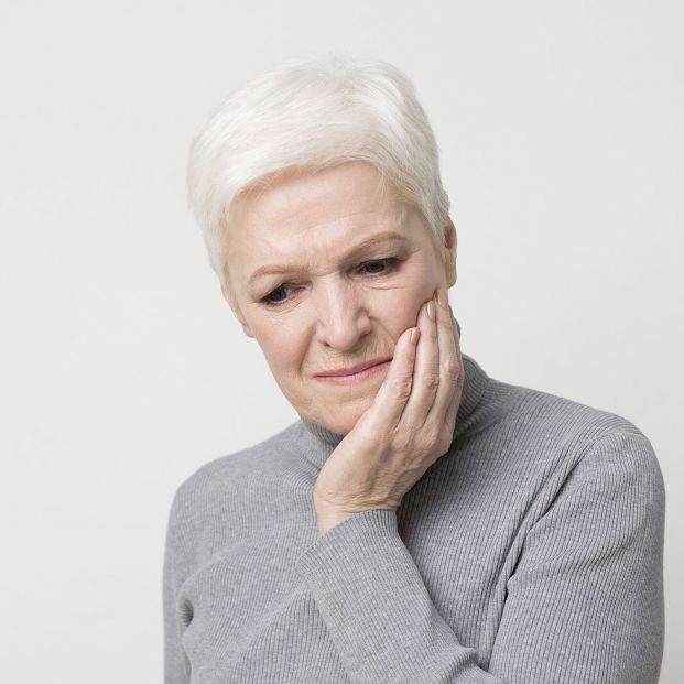 Estas son las consecuencias de no reponer dientes extraídos
