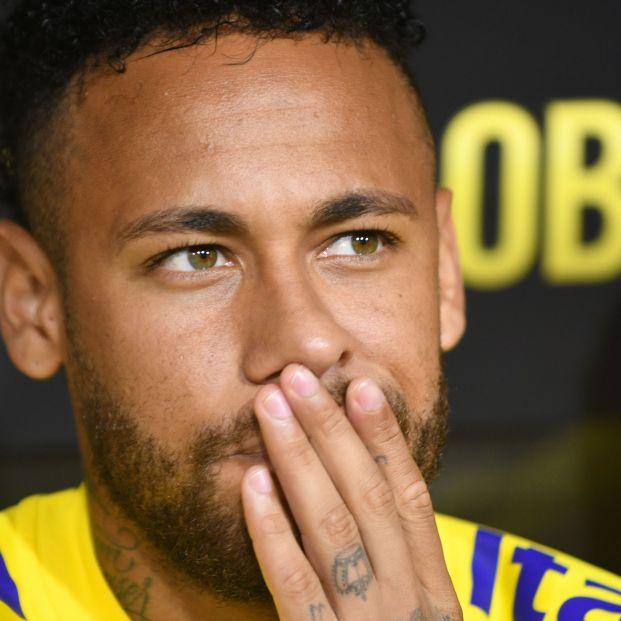 Neymar, Paz Vega, Agapito García, Mario Conde... consulta la lista de grandes morosos de Hacienda