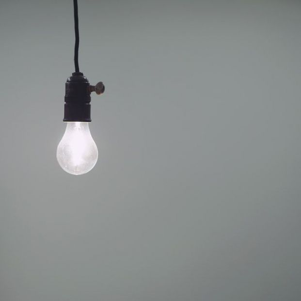 El recibo de la luz sube un 4,2% en septiembre... y ya van cinco meses seguidos de subidas
