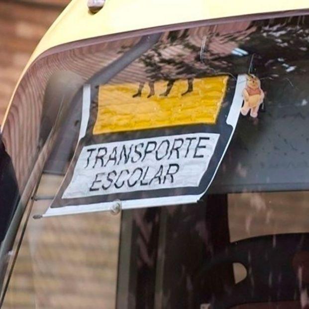 Olvidan a un niño de 3 años en un autobús escolar durante toda la mañana