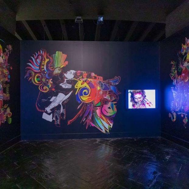 Obras de Andy Warhol y Yoko Ono en una exposición sobre artes visuales y música pop