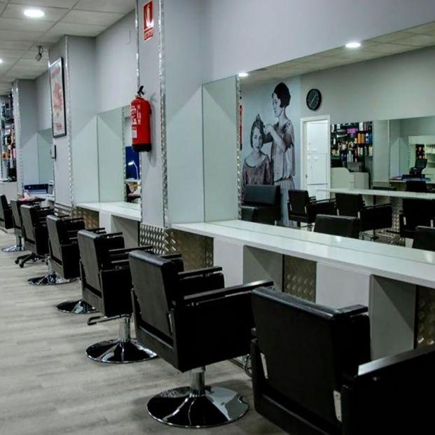 Las peluquerías, en huelga, convocan una jornada de cierre y concentraciones ante la falta de ayudas