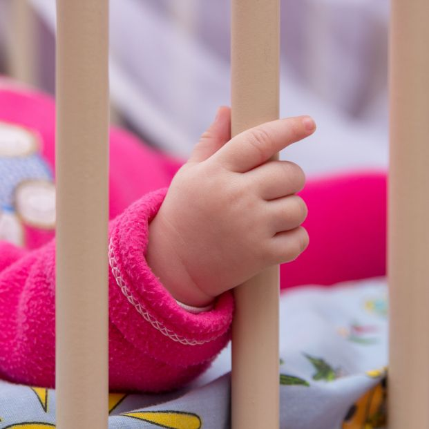 Piden dos años de cárcel para una abuela por maltratar a su nieto de 10 meses