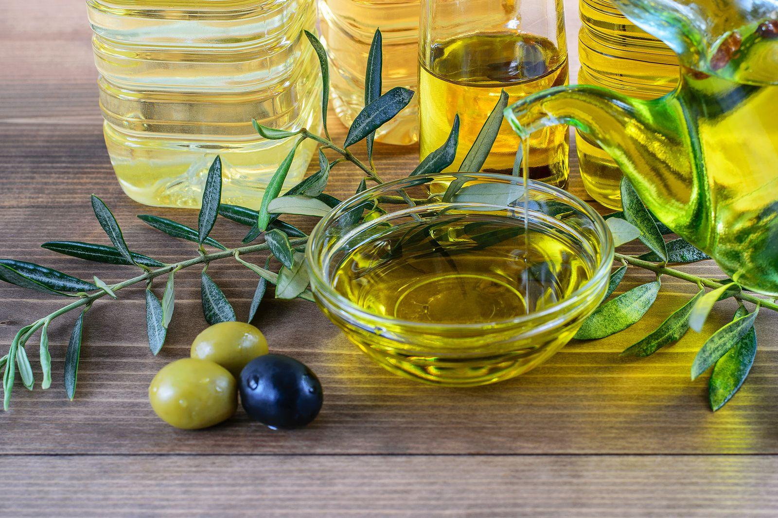Por qué es tan bueno tomar el aceite de oliva