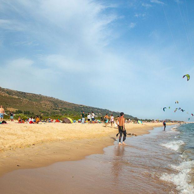 """¿Por qué nadie se ahoga en las playas con """"fuertes corrientes y aguas poderosas"""" de Tarifa?"""