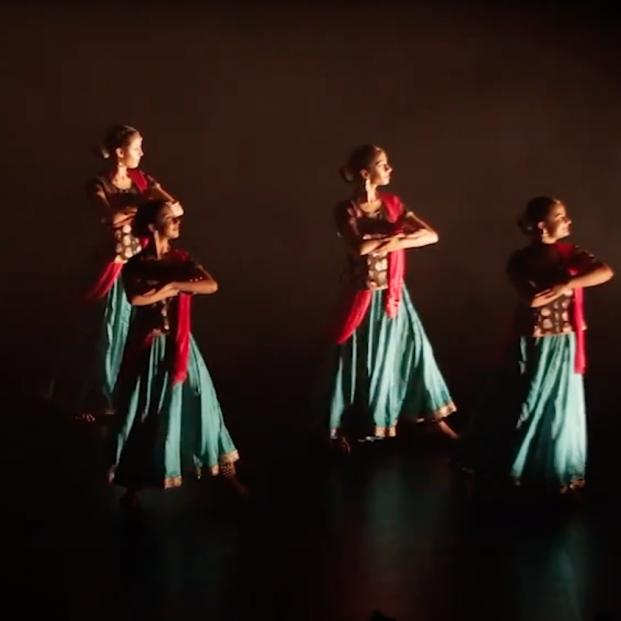 Los Teatros del Canal de Madrid se vestirán con sari para homenajear al músico Ravi Shankar