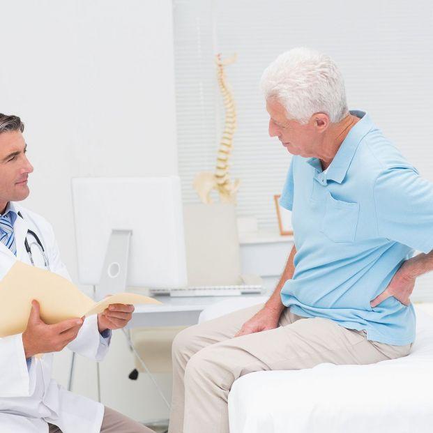 En marcha dos 'apps' para preparar a mayores que vayan a operarse de cadera o rodilla