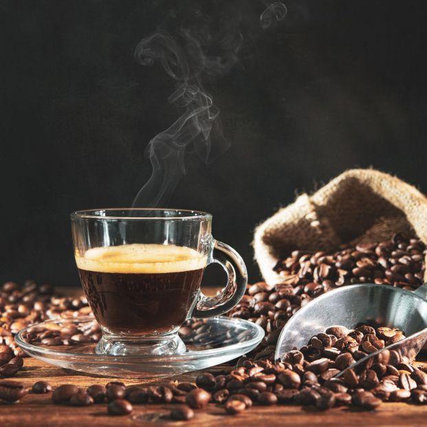¿Cómo se hace el café descafeinado?