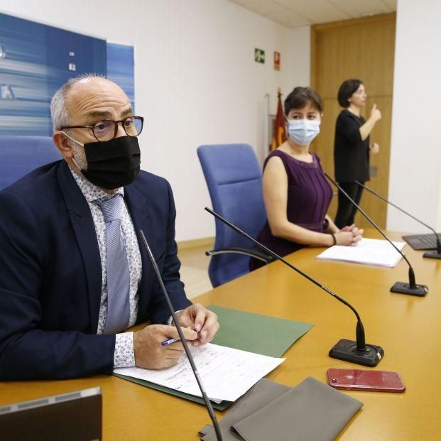 Cantabria llama a personas con síntomas de catarro a quedarse en casa y llamar al médico para una PC