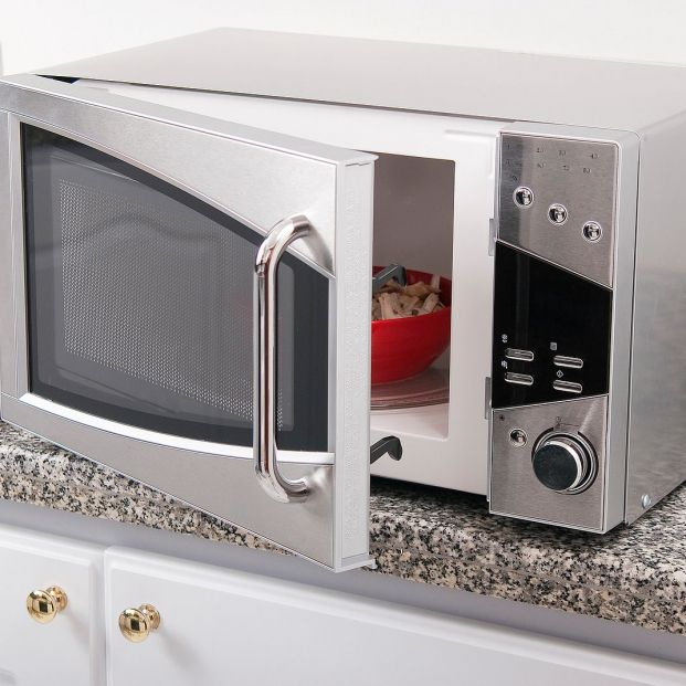 bigstock Microwave Oven Photo In The K 384989117