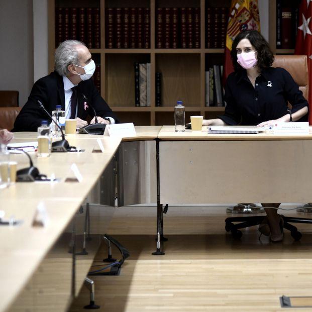 EuropaPress 3382371 presidenta comunidad madrid isabel diaz ayuso consejero sanidad enrique