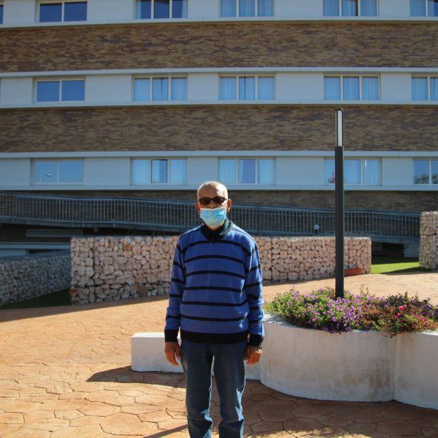 """Vicente, superviviente de COVID de 92 años: """"Estuve 13 horas esperando en Urgencias"""""""