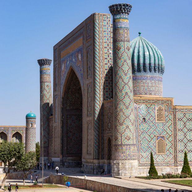 Samarcanda, en Uzbekistán, uno de los destinos favoritos en Asia Central y cumbre de la Ruta de la Seda (BigStock)