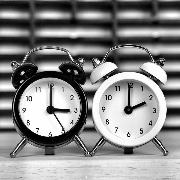 Esta madrugada a las 3 vuelven a ser las 2: ¿realmente se ahorra energía con el cambio de hora?