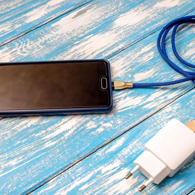 ¿Afecta a la batería del teléfono móvil el uso de cargadores no oficiales?