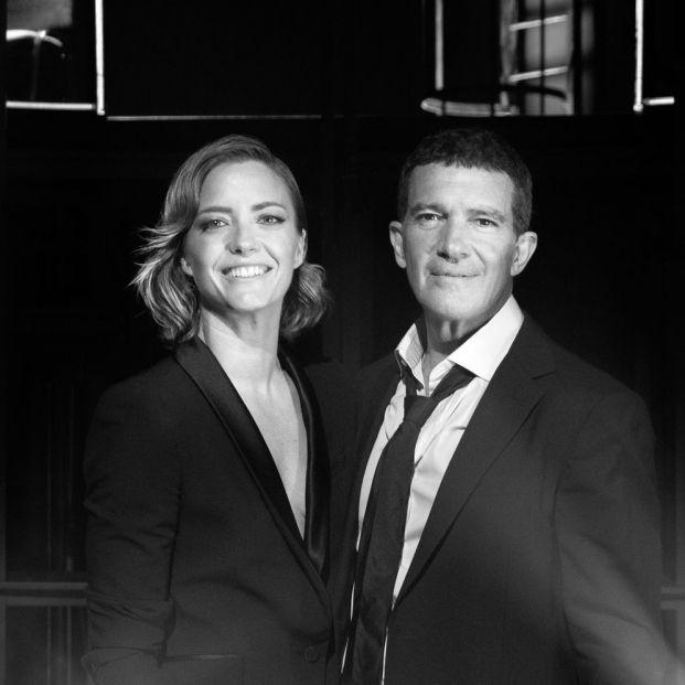Banderas y María Casado, presentan 'Escena en Blanco y Negro', un programa de entrevistas y música