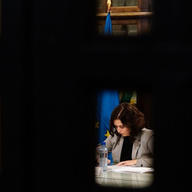 Ayuso ordena el cierre de la Comunidad de Madrid solo durante los puentes de noviembre