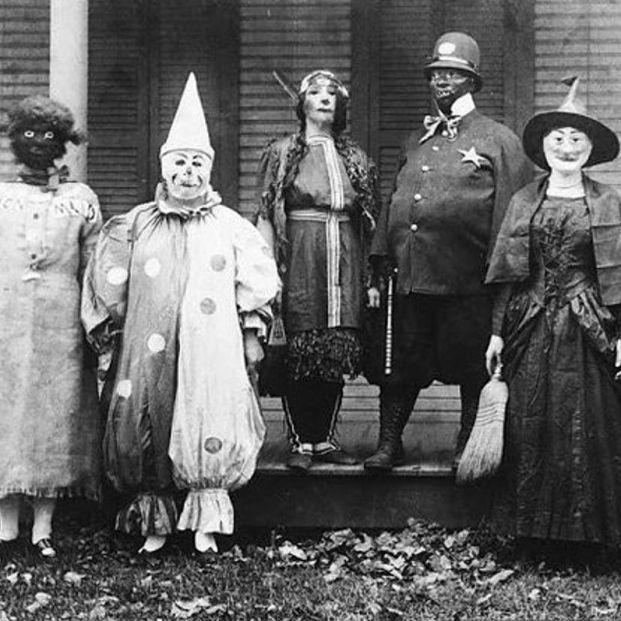 Halloween 'vintage': 20 fotos terroríficas de los disfraces de antes