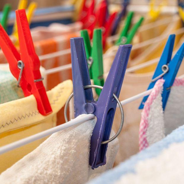 Te enseñamos cómo tender la ropa para ahorrar tiempo de plancha