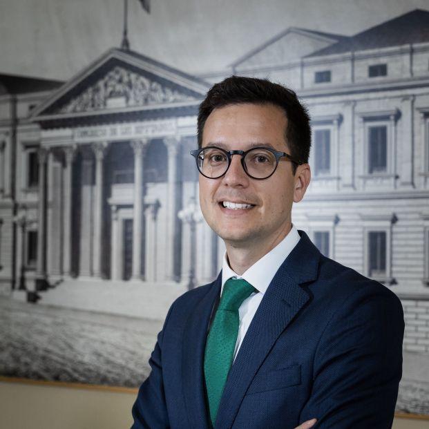 """Entrevista con Tomás Cabezón: """"Tenemos que dar certeza a los pensionistas de que el sistema no está quebrado"""""""